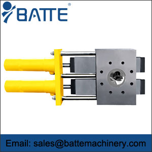 Plate type screen changer
